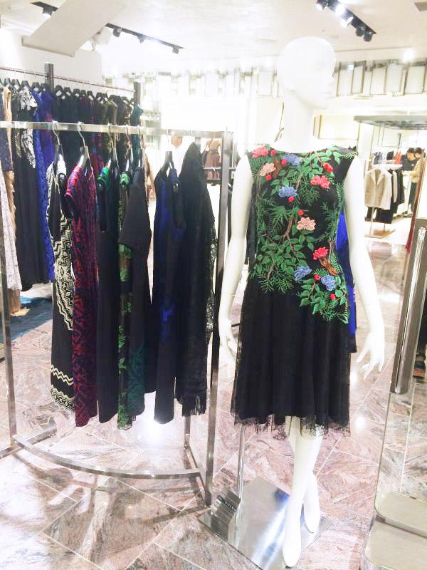 「TADASHI SHOJI(タダシ ショージ)」ファッションショー&コーディネートトークショーに登壇@伊勢丹新宿店