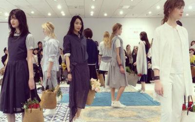 1月27日発売 「ユニクロ × イネス・ド・ラ・フレサンジュ」2017春夏コレクションのファッションショー