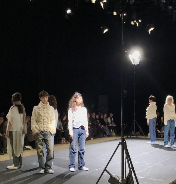 「Motohiro Tanji(モトヒロ タンジ)」2017-18年秋冬東京コレクション