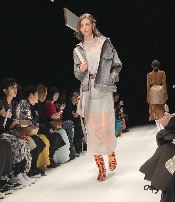 「YOHEI OHNO(ヨウヘイオオノ)」2017-18年秋冬東京コレクション