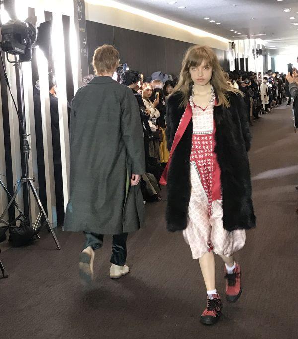 「TAAKK(ターク)」2017-18年秋冬東京コレクション