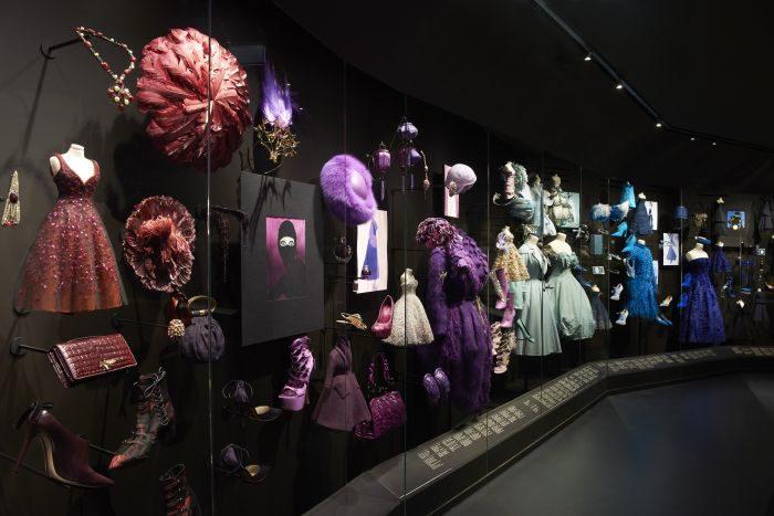 「Dior(ディオール)」、デビュー70周年を記念した展覧会開催