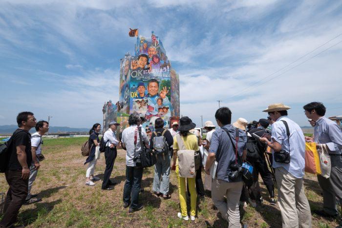 六本木の街に蜷川実花作品が出現 「六本木アートナイト 2017」が開催