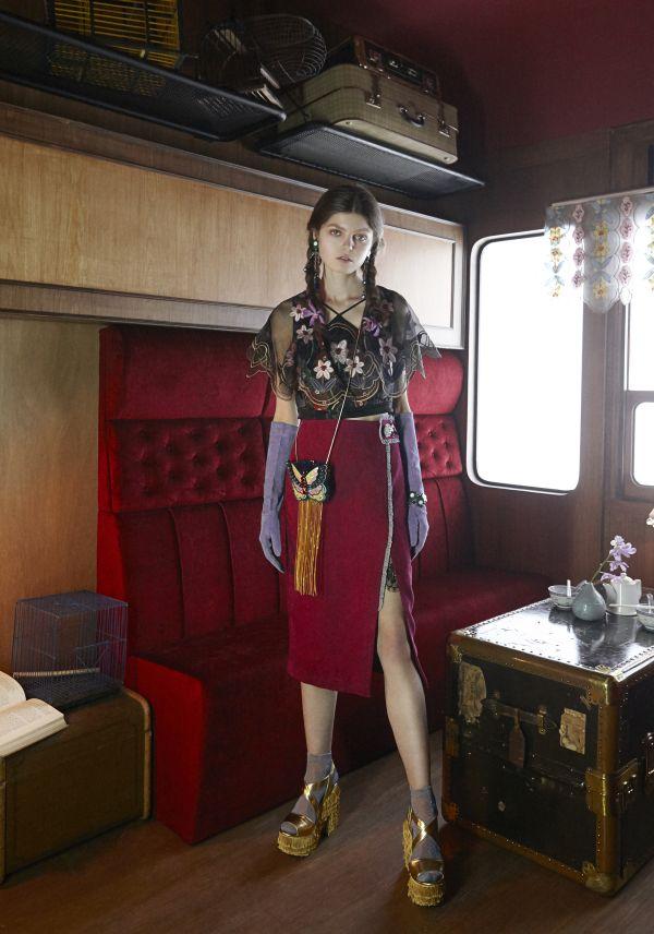 タイブランド「Kloset(クローゼット)」、エキゾチックなノスタルジックチュールの魅力 デザイナーにインタビュー