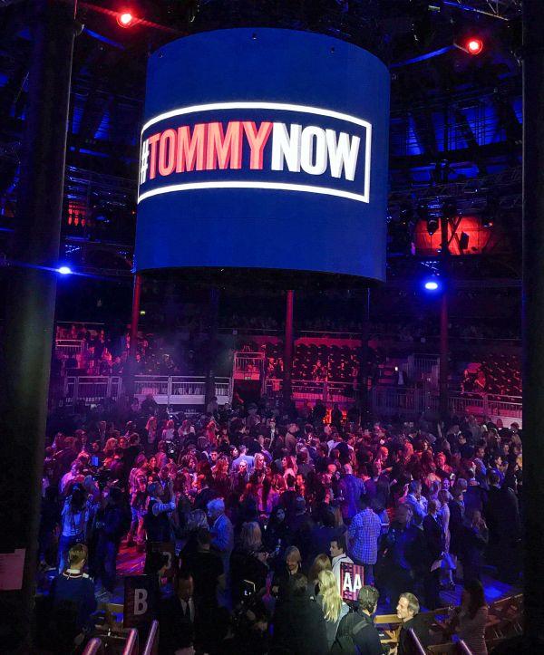 """TOMMY HILFIGER(トミー ヒルフィガー)「#TOMMYNOW  """"ROCKCIRCUS""""」ロンドンコレクション"""