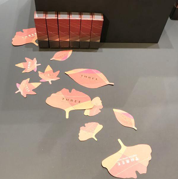「THREE(スリー)」、紅葉をテーマにした「WHEN THE LEAVES DANCE」コレクション発売