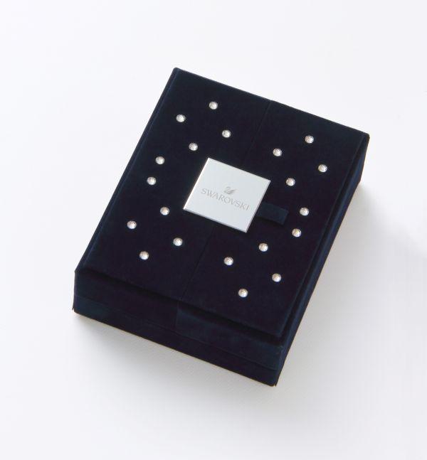 「スワロフスキー」ブランド初のクリスマス・ギフト・ボックスが発売