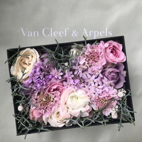 "Van Cleef & Arpels(ヴァン クリーフ&アーペル) ""Ballet Precieux(バレエプレシュー)""で優美な世界を堪能"