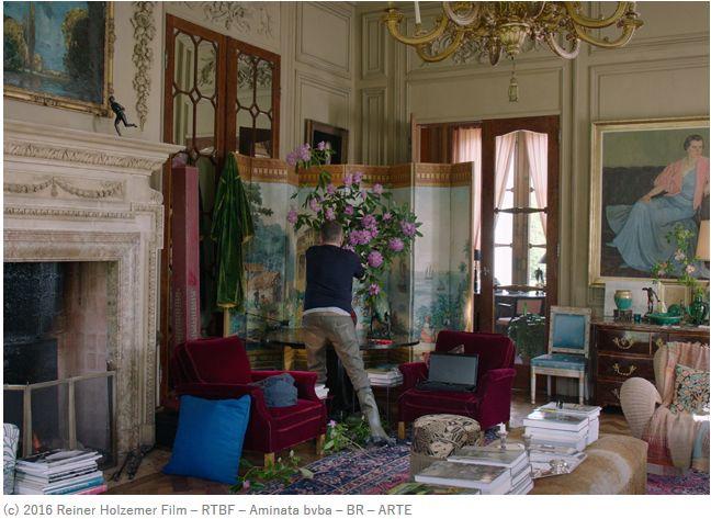 映画『ドリス・ヴァン・ノッテン ファブリックと花を愛する男』から学ぶ、大人ロマンティックな装い