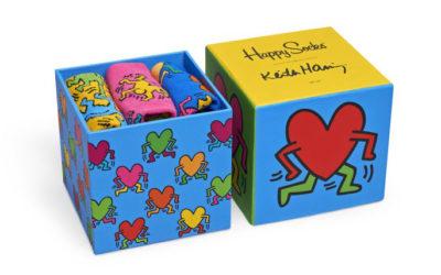 「ハッピーソックス」、キース・ヘリングの作品をモチーフに バレンタインデーをテーマにした新商品発売