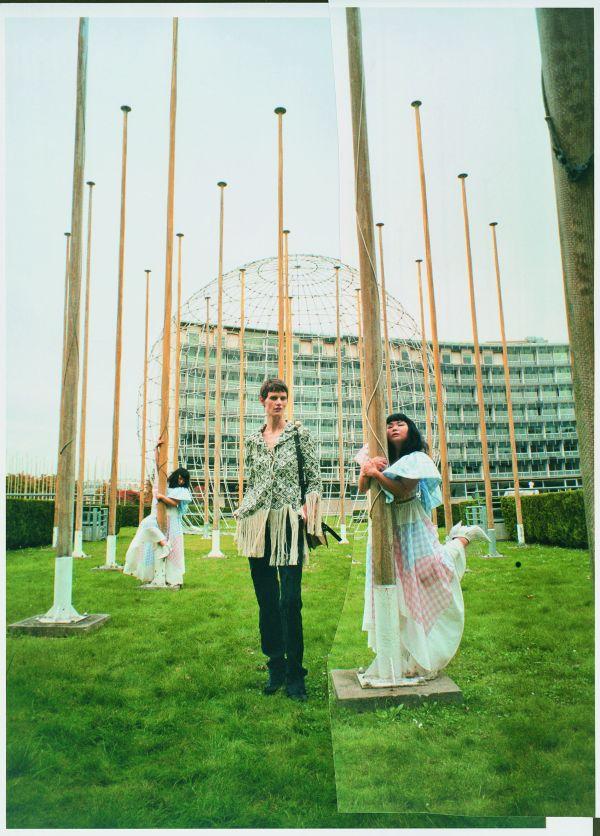 「LOEWE(ロエベ)」、日本人アーティストとコラボしたコレクタブルブックをリリース