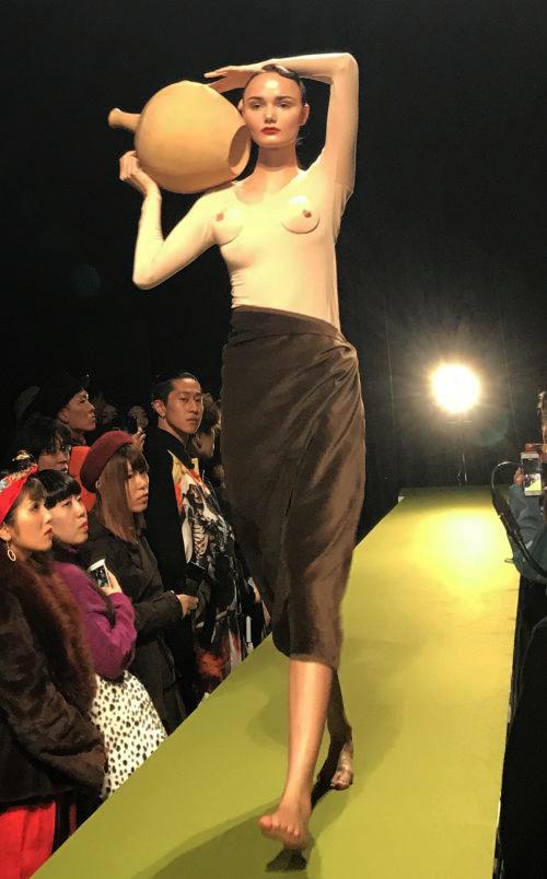 「RYOTAMURAKAMI(リョウタムラカミ)」2018年春夏東京コレクション