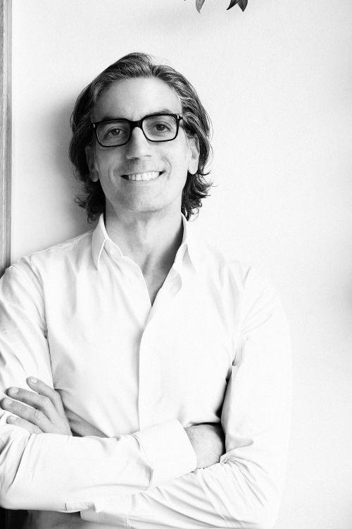 「ÁLVARO GONZÁLEZ(アルヴァロ ゴンザレス)」のデザイナーインタビュー