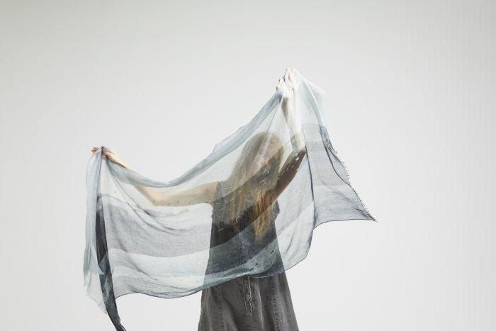 「パドカレ×ルーヴル美術館 ランス別館」コラボレーションストールが登場