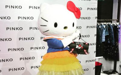 「PINKO AOYAMA」1周年記念パーティー ハローキティちゃんが登場