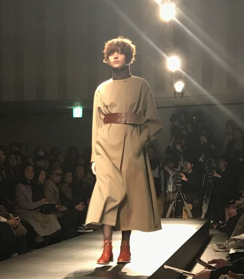 support surface(サポートサーフェス)2018-19年秋冬東京コレクション