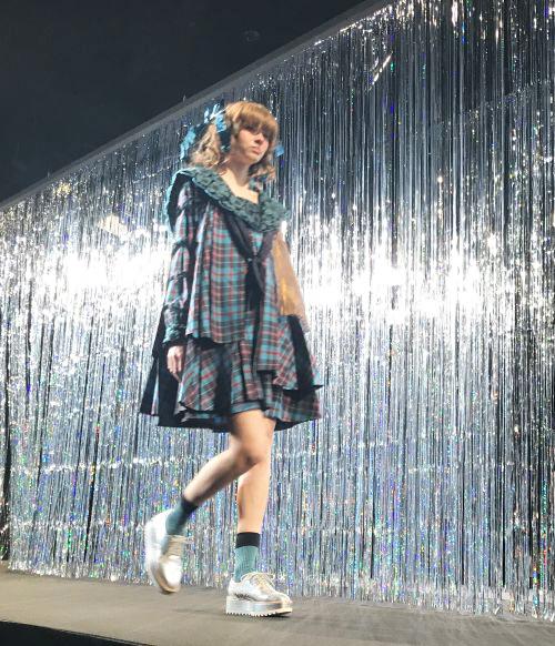 MEMUSE(メミューズ(Memuse)2018-19年秋冬東京コレクション