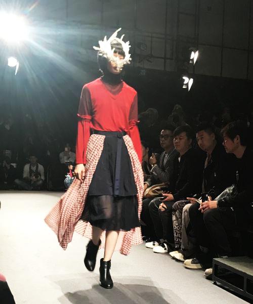 「MIDDLA(ミドラ)」2018-19年秋冬東京コレクション