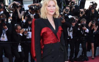 ケイト・ブランシェット、カンヌ閉会式で「アレキサンダー・マックイーン」のウールシルクタキシードを着用