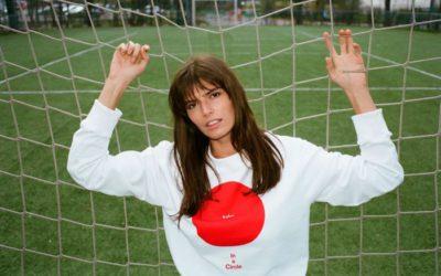 「YOOX(ユークス)」、ワールドカップ・ロシア大会と連動のスウェット&Tシャツのカプセルコレクション発売