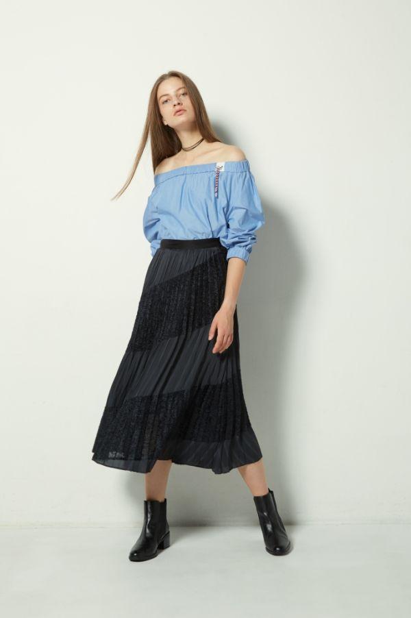 夏はプリーツスカートで「涼やか」&「きちんと感」