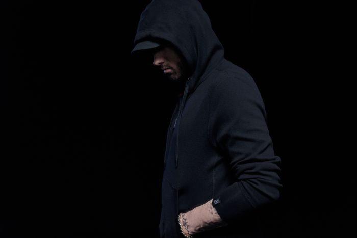 「rag & bone(ラグ & ボーン)」とラッパーの「Eminem(エミネム)」のコラボが実現 フーディーやTシャツを発売