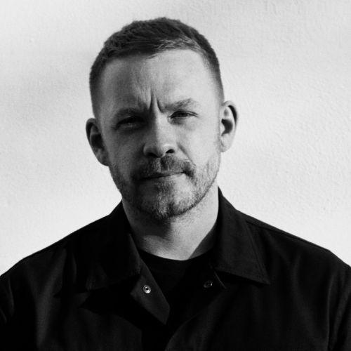 「モンクレール ジーニアス」の第3弾 「5 Moncler Craig Green(5 モンクレール クレイグ・グリーン)」が8月22日に発売