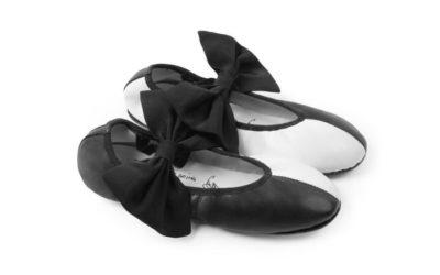 「Repetto(レペット)」、 歌手のSia(シーア)とコラボ 「Sophia Ballerina」を発表