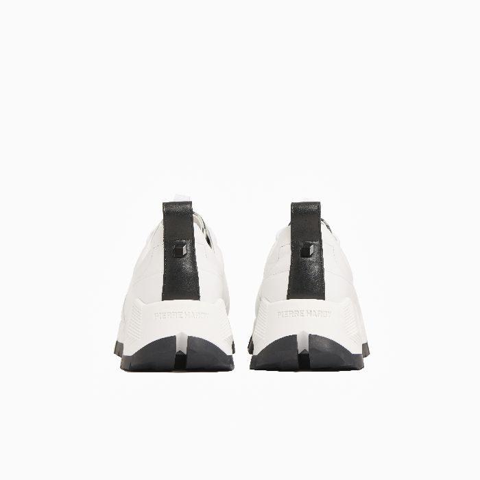 「PIERRE HARDY(ピエール アルディ)」、キューブ(立方体)モチーフ柄のスニーカーを発売