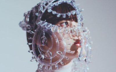 「ANREALAGE(アンリアレイジ)」、2019年春夏コレクション・コンセプトムービーを公開 欅坂46の平手友梨奈さんが出演