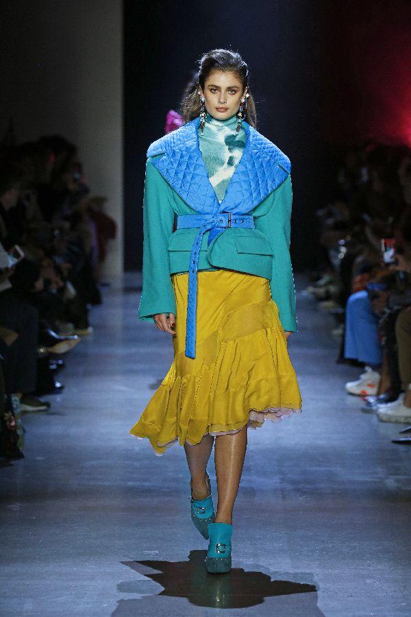 TASAKI、ニューヨークで2019-20年秋冬「Prabal Gurung」ショーにて新作をお披露目 森星さんがランウェイに登場