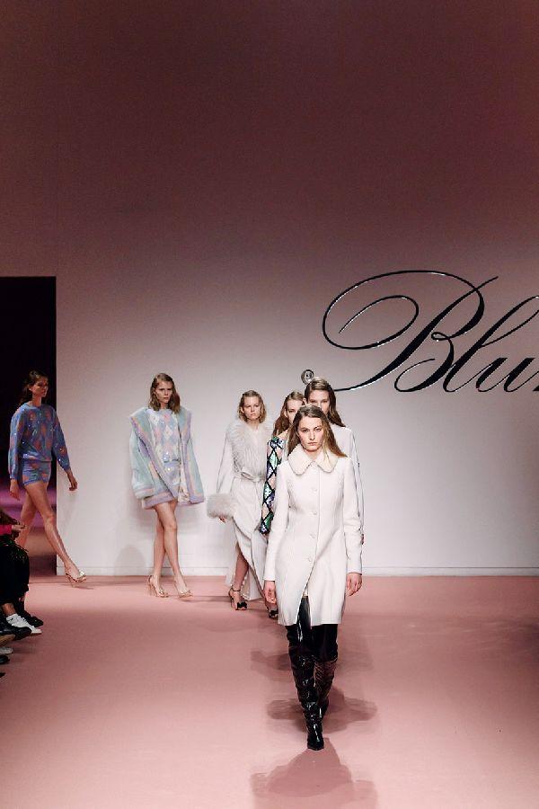 「Blumarine(ブルマリン)」2019-20年秋冬ミラノコレクション