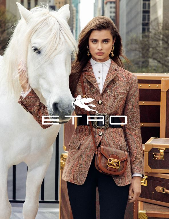 NYで伝統とモダンが交差 「ETRO(エトロ)」、2019-20年秋冬シーズンの広告キャンペーンを発表