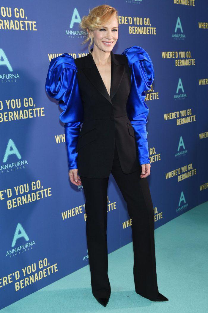 女優ケイト・ブランシェット、「Alexander McQueen(アレキサンダー・マックイーン)」のセットアップを着て映画プレミアへ