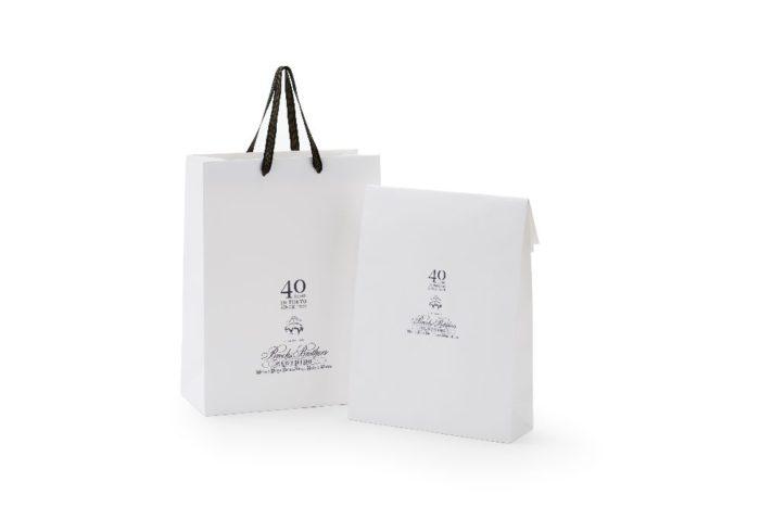 「ブルックス ブラザーズ」、日本上陸40周年のキャンペーン開催 特別なショッピングバッグとシャツバッグを使用