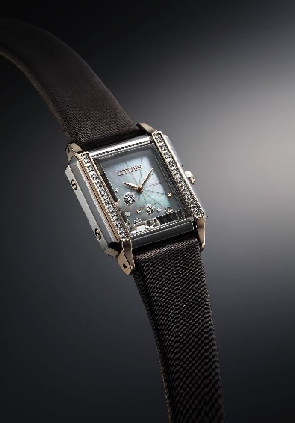 「CITIZEN L(シチズンエル)」から24石のダイヤモンドが輝く新作ウオッチが登場