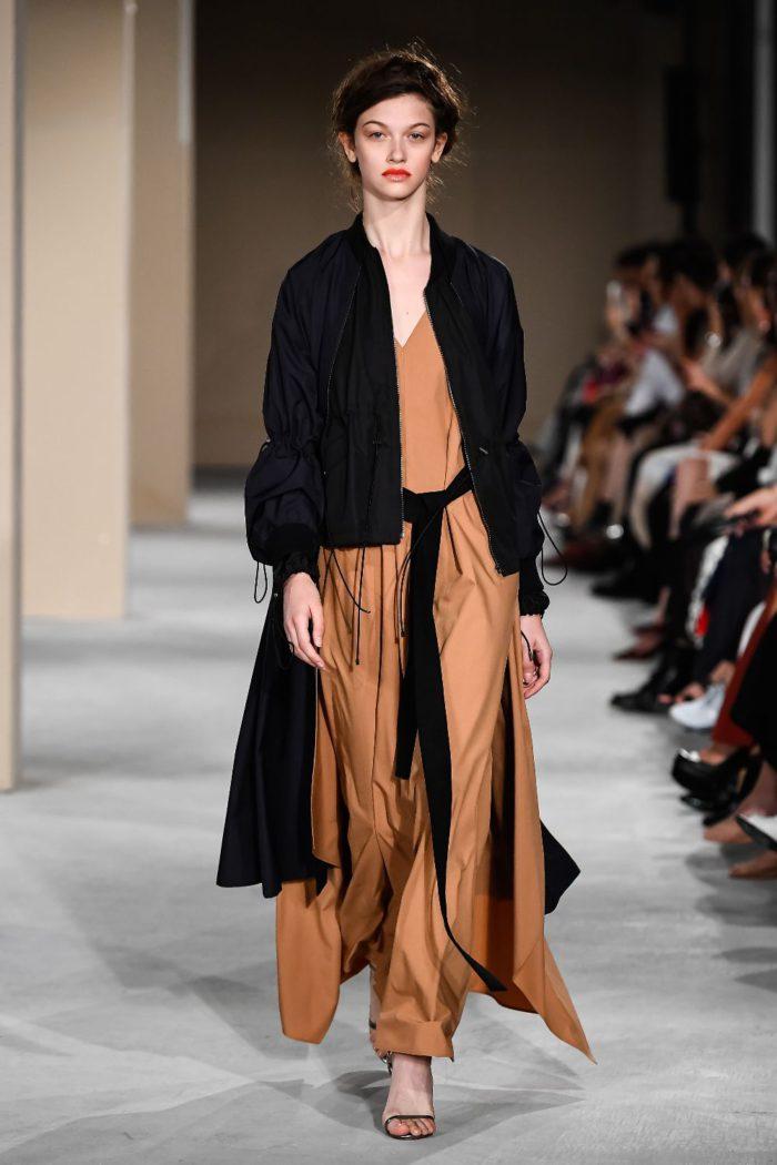 「EZUMi(エズミ)」、2020年春夏コレクションを発表 優美とリラックス感が融合