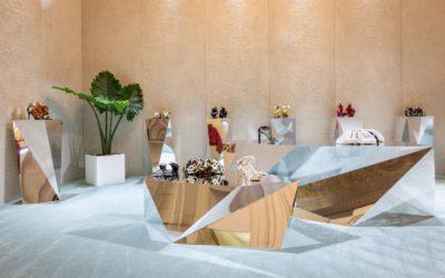 「GIUSEPPE ZANOTTI(ジュゼッペ ザノッティ)」、2020年春夏コレクション発表 透明アッパーの「消えるヒール靴」登場