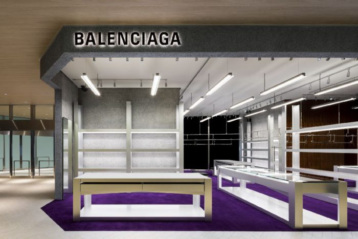 「BALENCIAGA(バレンシアガ)」、複合施設「渋谷スクランブルスクエア」内に直営店をオープン