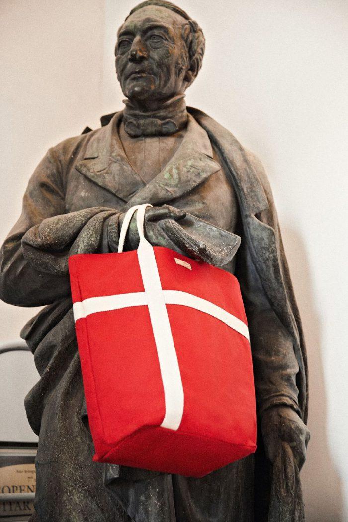 「vanessabruno(ヴァネッサブリューノ)」、旅コンセプトのカプセルコレクション第2弾を発売 テーマはコペンハーゲン