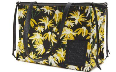 LOEWE(ロエベ)、「クッショントート」から新作のスモールサイズバッグを発売