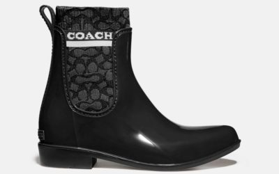 「COACH(コーチ)」、新作レインブーツ「Rivington(リビングトン)レインブーティ」を発売