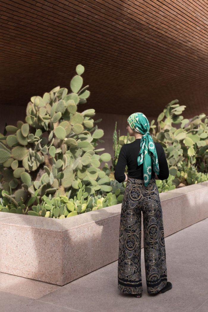 「ILEANA MAKRI (イレアナ・マクリ)」、チャリティスカーフを発売 国境なき医師団のコロナ対応募金へ寄付