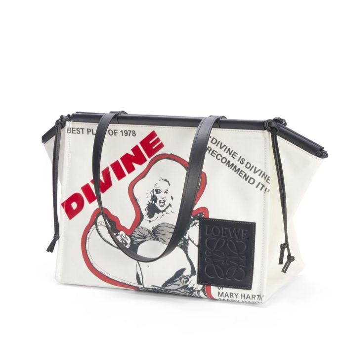 「LOEWE(ロエベ)」、ディヴァインの限定コレクションを発売