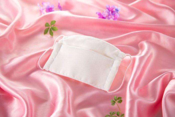 「KI-NU-BA-RA(キヌバラ)」から国産シルク製マスク発売 肌にやさしく、気高い雰囲気に