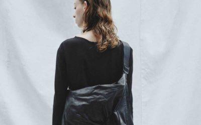 衣服としてまとうバッグ 「discord Yohji Yamamoto」2020-21年秋冬コレクションが登場