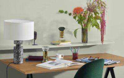 「diptyque(ディプティック)」、ホームフレグランスの新作を発売 プラグインディフューザーと砂時計型ディフューザー