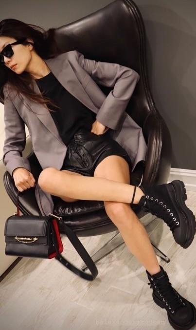 3-Angela Baek - Wearing the Alexander McQueen Tread Slick