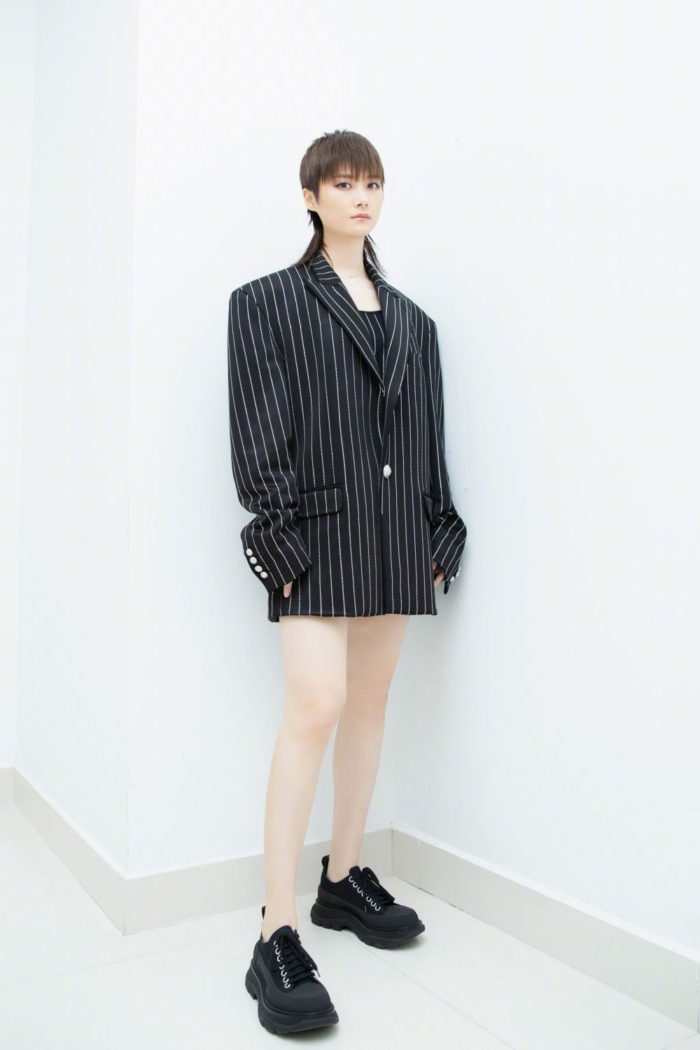 4-Chris Lee - Wearing the Alexander McQueen Tread Slick