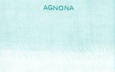 「AGNONA(アニオナ)」、雲のように軽いカシミアスカーフのポップアップストアを阪急うめだ本店で開催